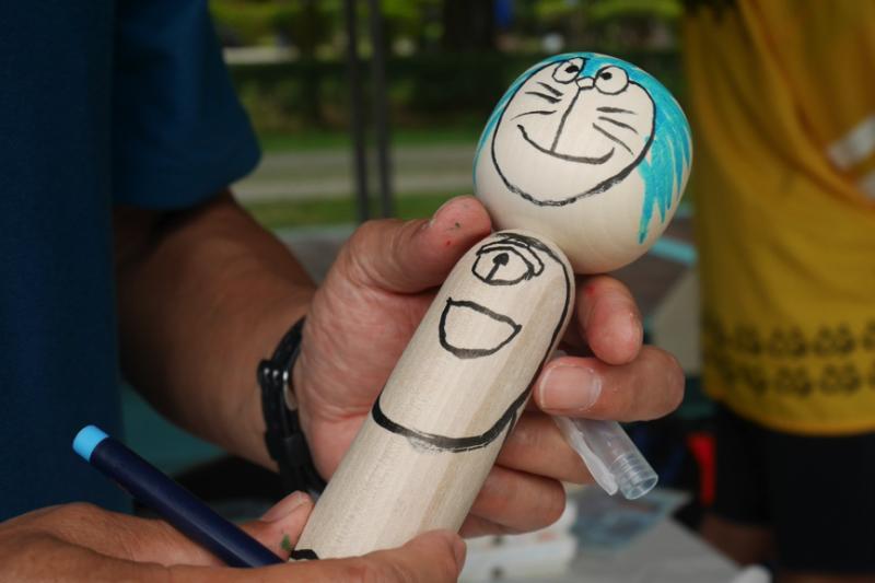木芥子曾以恐怖形象出現在漫畫改編電影《要聽神明的話》中,事實上它只是單純的玩具或收藏品。(圖/鄭羽琪攝)
