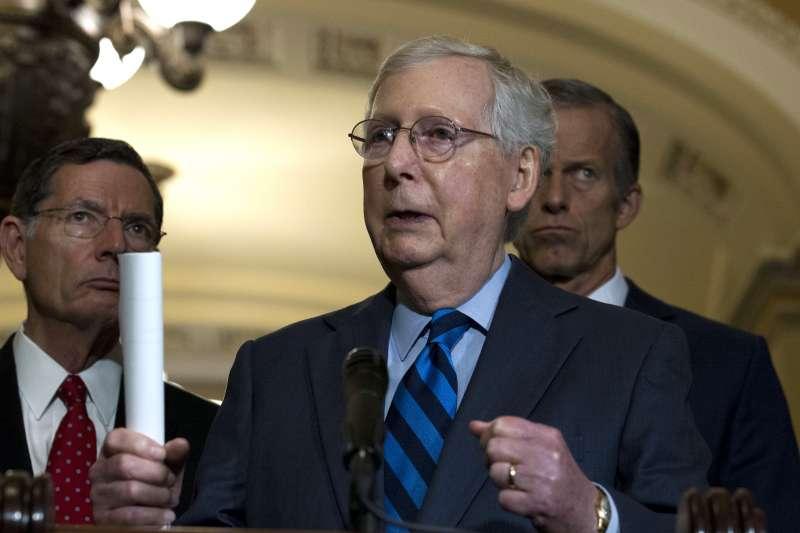 美國聯邦參議院共和黨領袖麥康奈爾表示,計畫趕在耶誕節前結束審理彈劾案(AP)