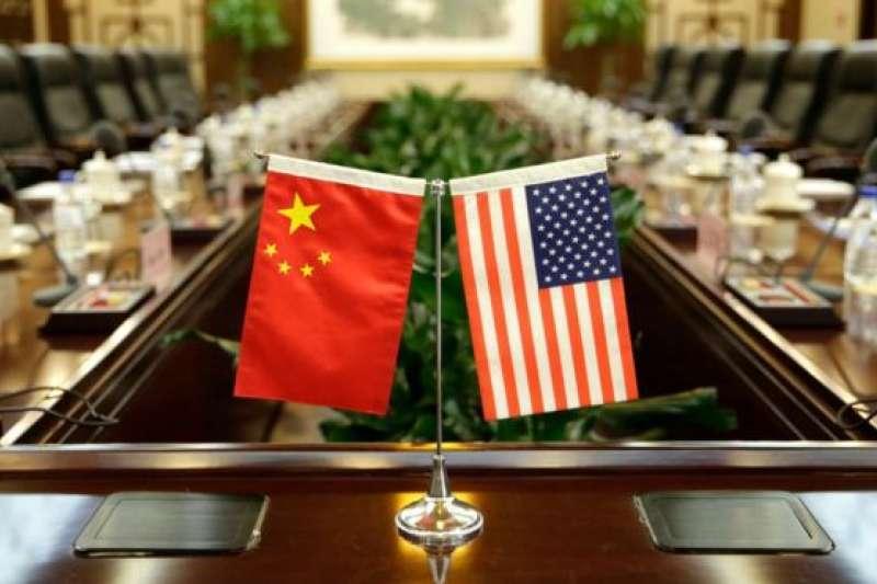 美國政府近日再出新規,要求所有駐美的中國外交官在計劃與美國聯邦或地方官員舉行會面時,必須事先通知美國國務院。(BBC中文)
