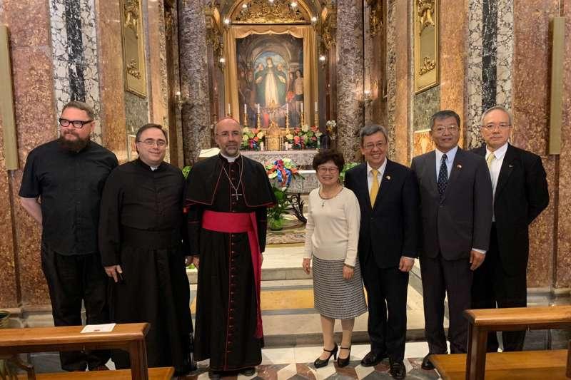 我國副總統陳建仁伉儷訪問教廷(翻攝駐教廷大使館臉書)
