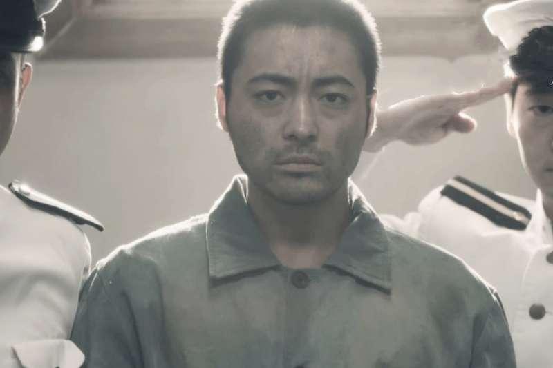 白鳥由榮4次都以超扯手法逃獄成功。(圖/取自youtube)