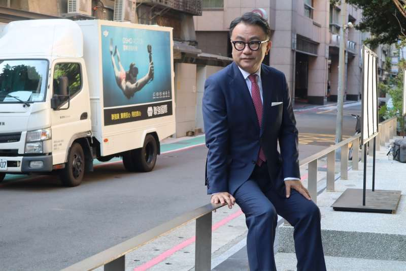 日本喜劇大師三谷幸喜18日帶著新電影《失憶的總理大臣》來台宣傳。(蔡娪嫣攝)