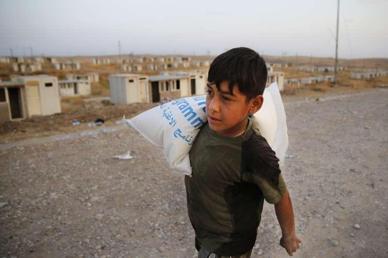 2019年10月,土耳其大軍入侵敘利亞,大批庫德族人淪為難民(AP)