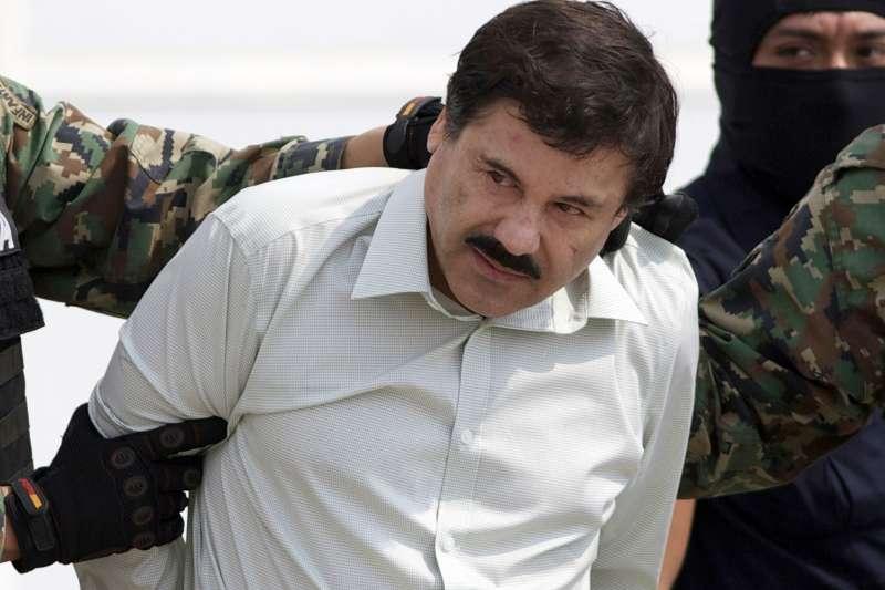 墨西哥大毒梟「矮子」古茲曼2014年被捕資料照。(AP)