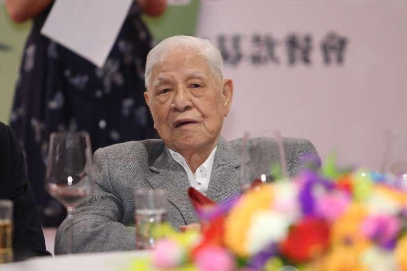 休養1年首度公開現身 李登輝表態支持蔡英文連任-風傳媒