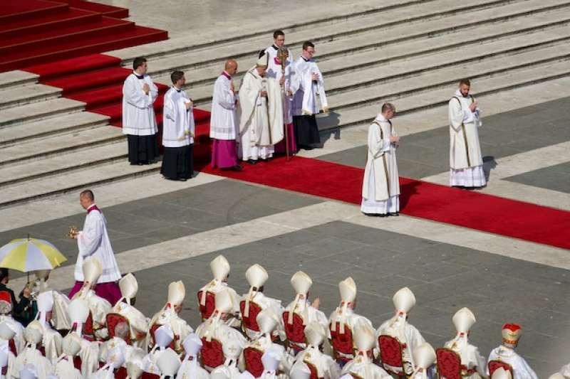 教宗主持封聖彌撒典禮(曾廣儀攝)