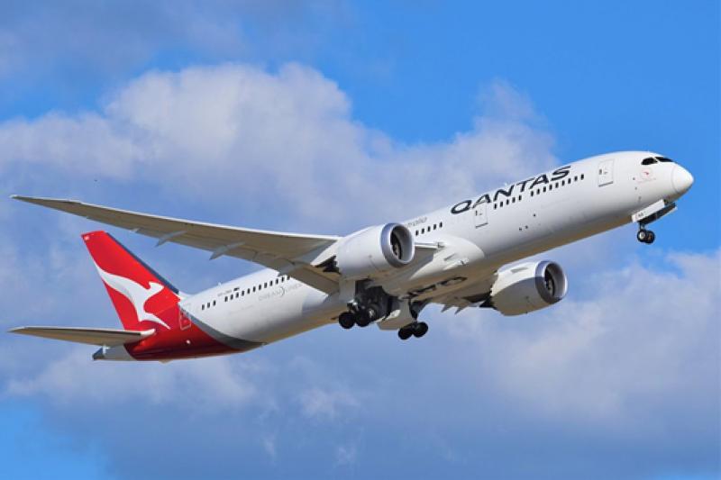 QANTAS航空推出19小時不落地的世界最長航班,連同機組員、乘客僅搭載49人,挑戰人體忍耐極限(圖片來源:simple flying)