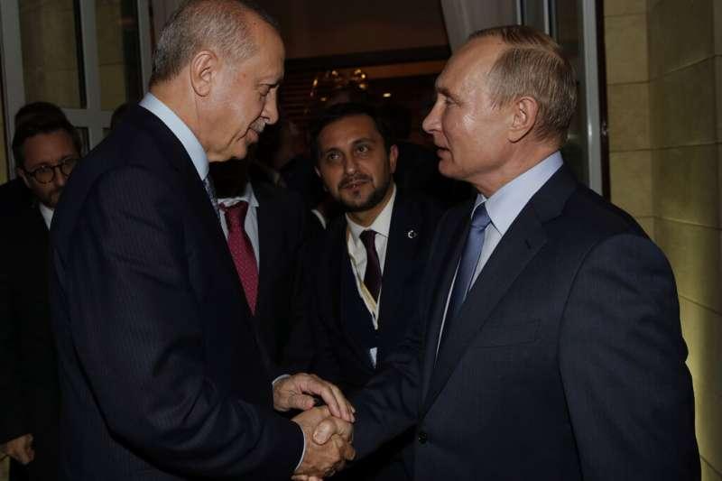 土耳其總統艾爾多安、俄羅斯總統普京10月22日就敘利亞北部邊境控制權達成協議。(AP)