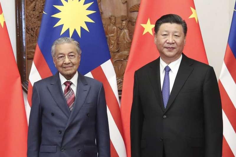 馬來西亞總理馬哈地(左)與中國國家主席習近平(取自新華網)