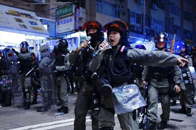 香港反對《逃犯條例》修訂草案運動從3月31日開始,已持續了近7個月;儘管衝突的局勢看似有所緩和,不過仍暗潮洶湧。(資料照,美聯社)