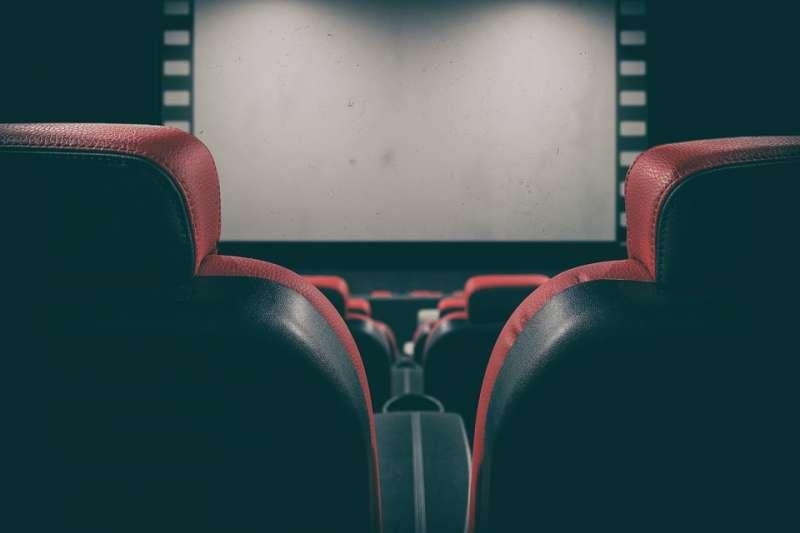武漢肺炎顛覆娛樂生態,全球最大連鎖院線AMC飽受衝擊。(示意圖/ Bru-nO@pixabay)