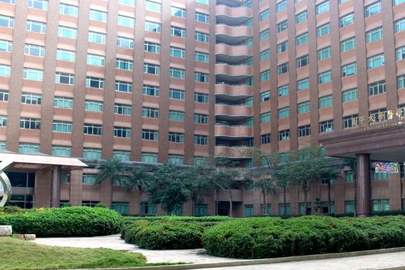 義大具有全臺唯四設有醫學院的綜合大學優勢,開設跨領域校級核心課程。(圖/義守大學提供)