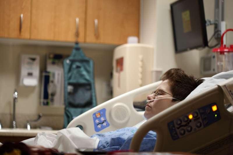 憂鬱症藥物通常需要兩個月試藥期,服藥時一定耐心遵從醫囑(示意圖/Unsplash)