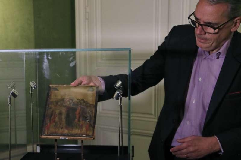 義大利巨匠齊瑪布作品「受嘲弄的基督」日前拍賣,以新台幣逾8億元價格落槌。(AP)