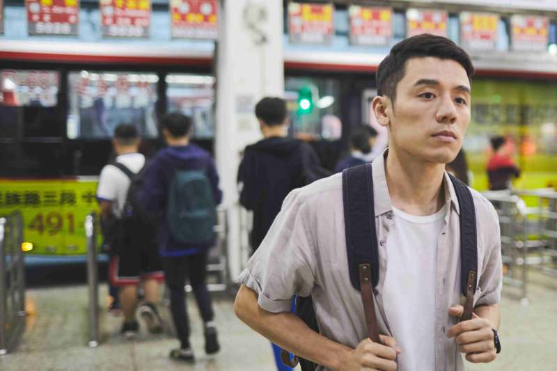 《我的靈魂是愛做的》劇情描述高中公民男老師KEVIN(邱志宇 飾),愛上一名有婦之夫的故事。(海鵬影業提供)