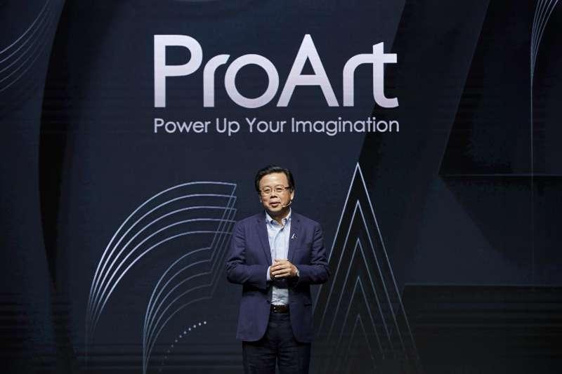 華碩共同執行長胡書賓表示,期待透過極臻完美的ProArt創作者系列產品,能讓許多內容創作者能夠更專注在創作上,為夢想賦予更多能量。(圖/ASUS)