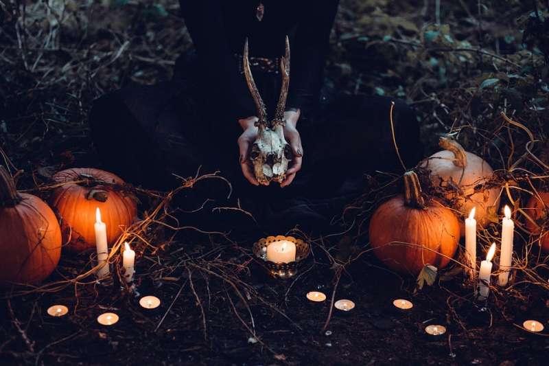 萬聖節在古凱爾特人眼中是一個象徵鬼魂重返人間的節日。(示意圖/ Pexels@pixabay)