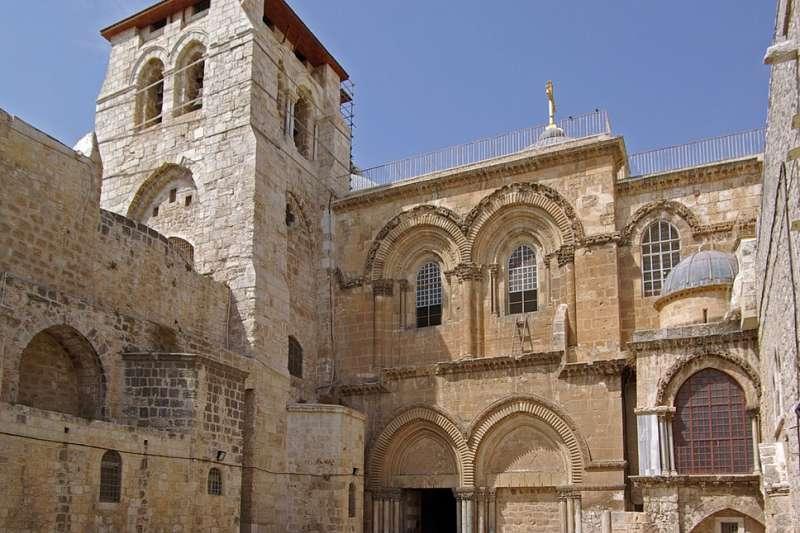 聖墓教堂據信就是《聖經》裡,耶穌殉難的各各他地。(Berthold Werner@Wikipedia/ CC BY 2.0)