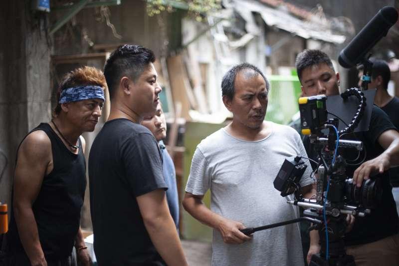 張作驥電影《那個我最親愛的陌生人》工作照,導演張作驥。(海鵬影業提供)
