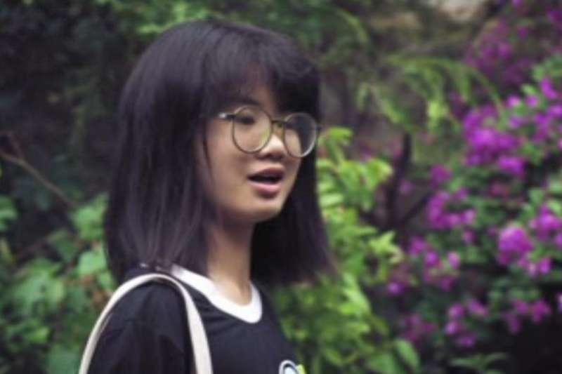 當16歲的歐泓奕(Howey Ou)看到「星期五拚未來」運動在中國找不到粉絲時,她成為中國首位為爭取氣候保護而罷課的學生。(DW)