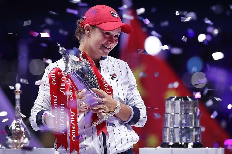 巴蒂在WTA年終賽封后。(美聯社)