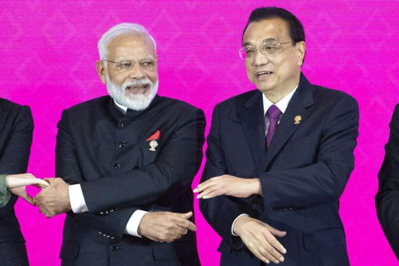 印度總理莫迪與中國總理李克強,中印關係。(美聯社)