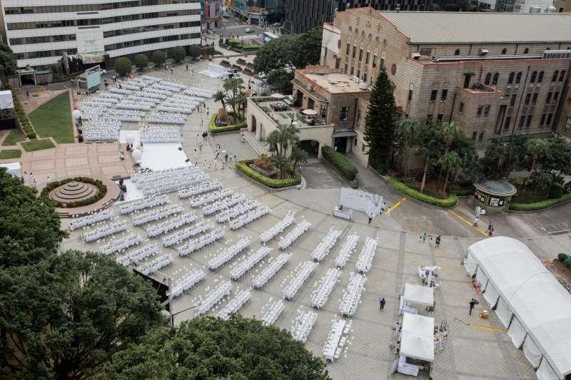 今年白色野餐選在中山堂舉行,展現台北城市的魅力(圖/璐露野)