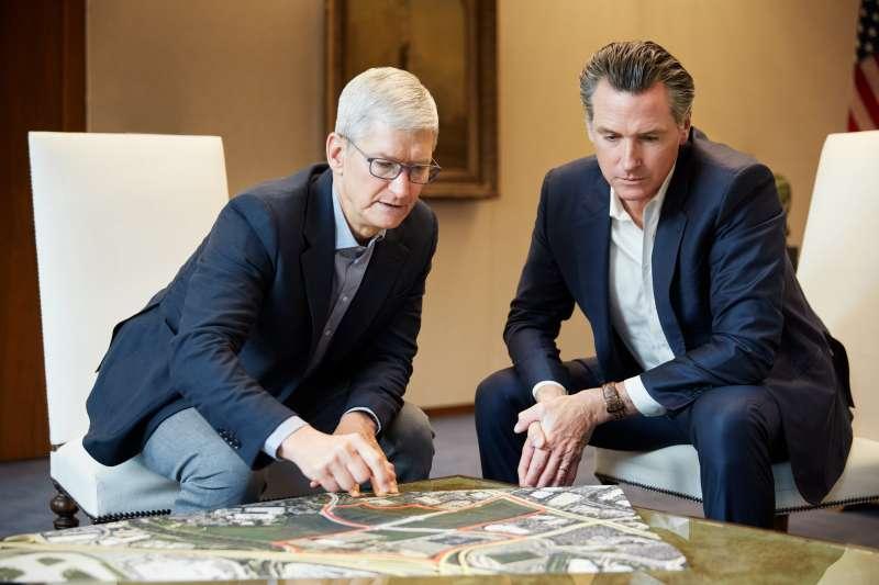 蘋果執行長Tim Cook強調隱私權就是人權,這個立場也在今年的CES圓桌論壇上,再次被公司強調(Apple提供)