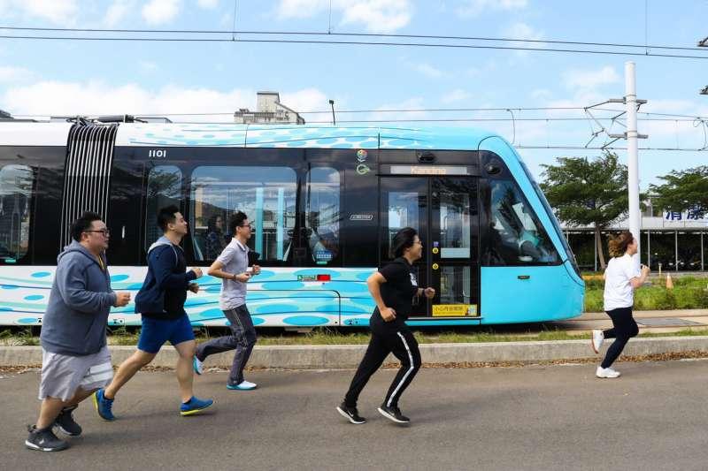 新北市政府結合淡海輕軌,將於12月28日傍晚在淡水區舉辦台灣首場「嘻哈路跑」。(圖/新北市觀旅局提供)