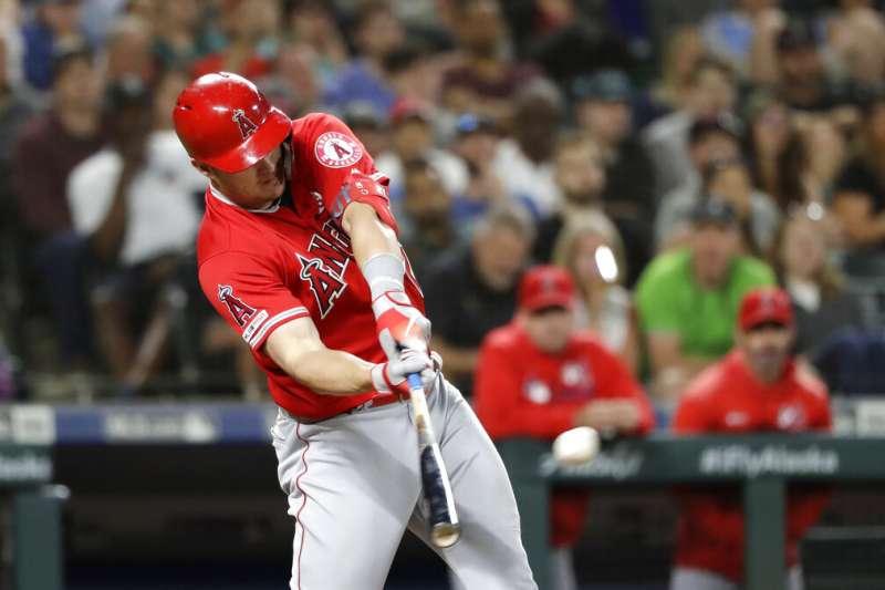 美國職棒大聯盟MLB銀棒獎得獎名單7日公布,洛杉磯天使隊的楚勞特7度獲獎,紀錄傲視群雄。(美聯社)
