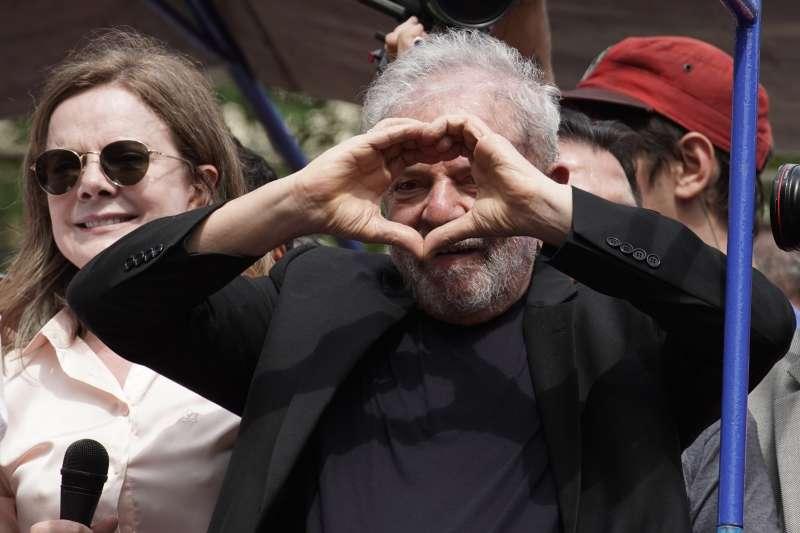 巴西前總統魯拉出獄隔天開嗆現任總統博索納羅(AP)