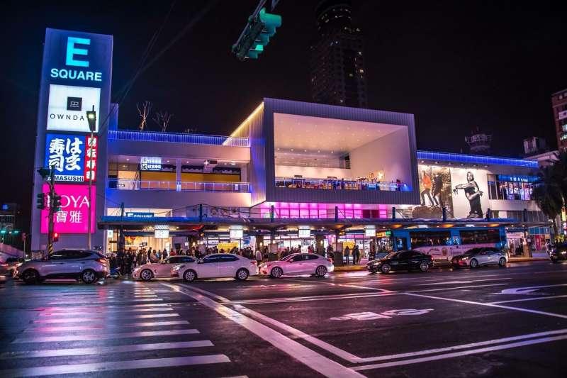 基隆東岸廣場獲得2019台灣建築獎首獎。(取自基隆東岸商場Esquare臉書)