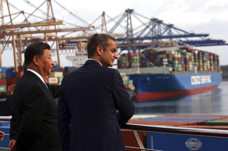 中國國家主席習近與希臘總理米佐塔基斯。(美聯社)
