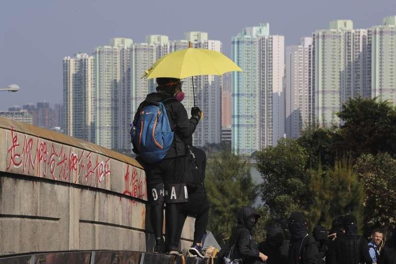 反送中抗爭事件重挫香港旅遊業。(AP)