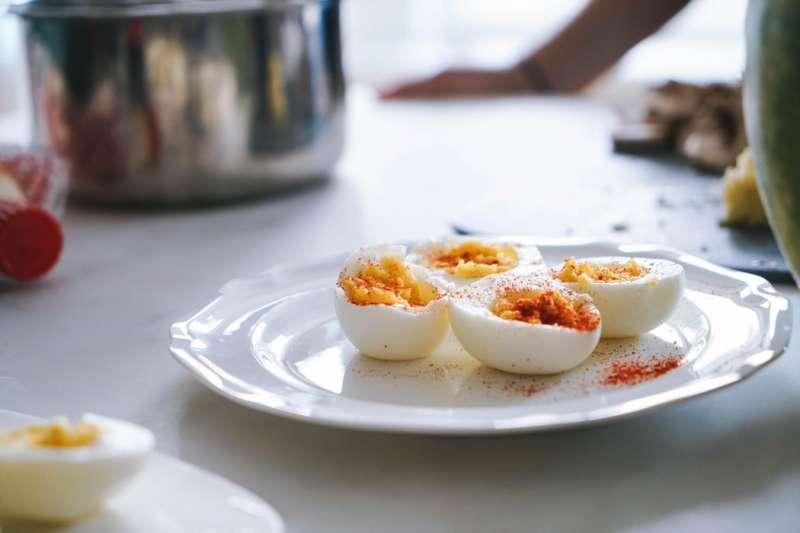 農委會畜產試驗所發表鹹蛋黃加熱萃製技術(圖/Unsplash)