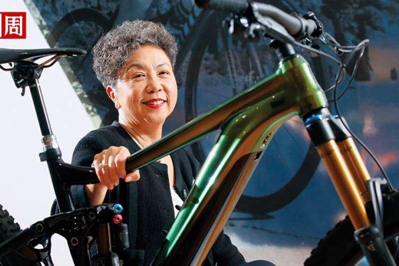 一次自行車挑戰賽,讓巨大董事長杜綉珍從排斥電動自行車,到把它當成長新動能。(攝影者.駱裕隆)