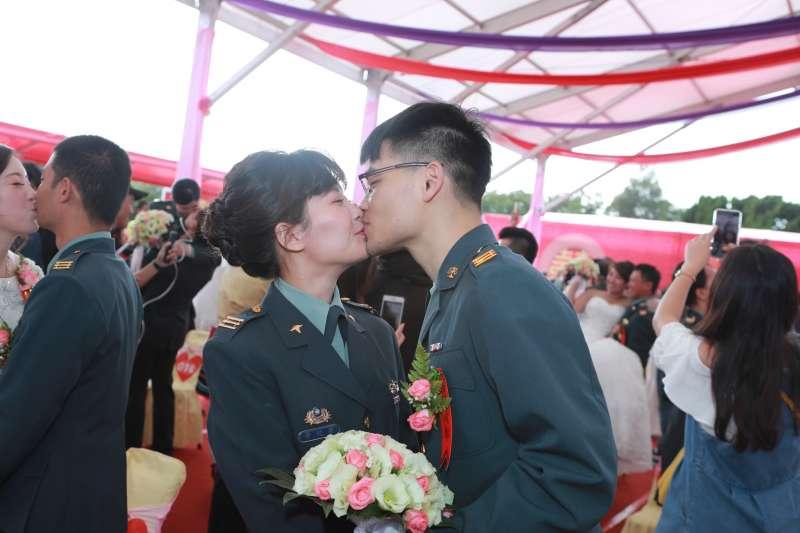 20191115-陸軍司令部15日舉辦的集團婚禮。(陸軍司令部提供)