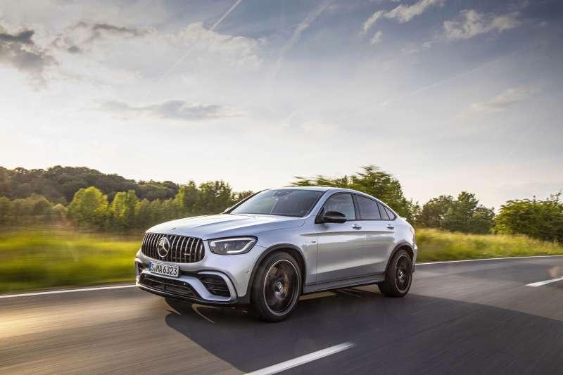 GLC家族之AMG車型皆標配DYNAMIC SELECT駕駛模式選擇,提供Slippery、Comfort、Sport、Sport+與Individual模式。(圖/台灣賓士股份有限公司提供)
