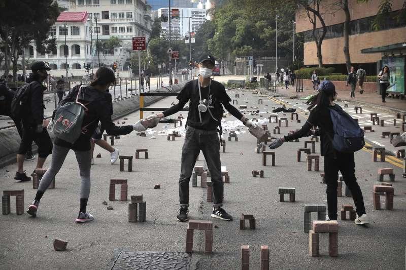 2019年11月,香港反送中,全城大亂。(AP)