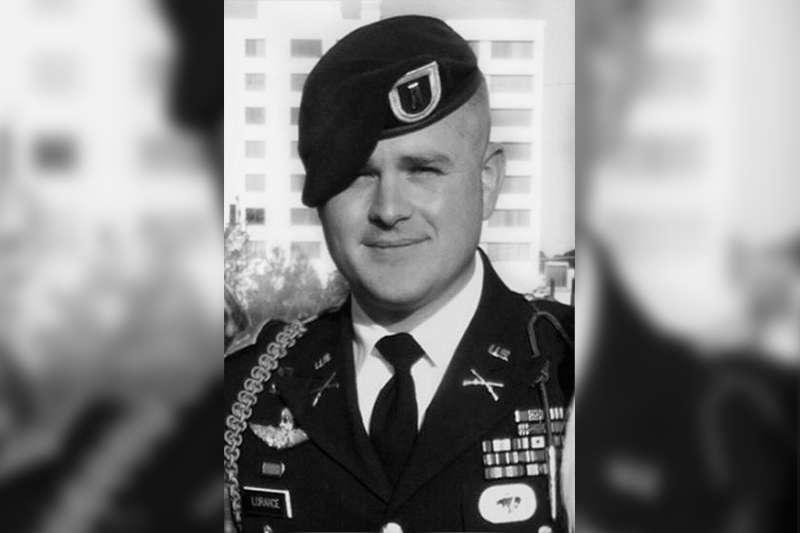 美國前陸軍中尉羅倫斯(Clint Lorance)(Dkuper@Wikipedia)