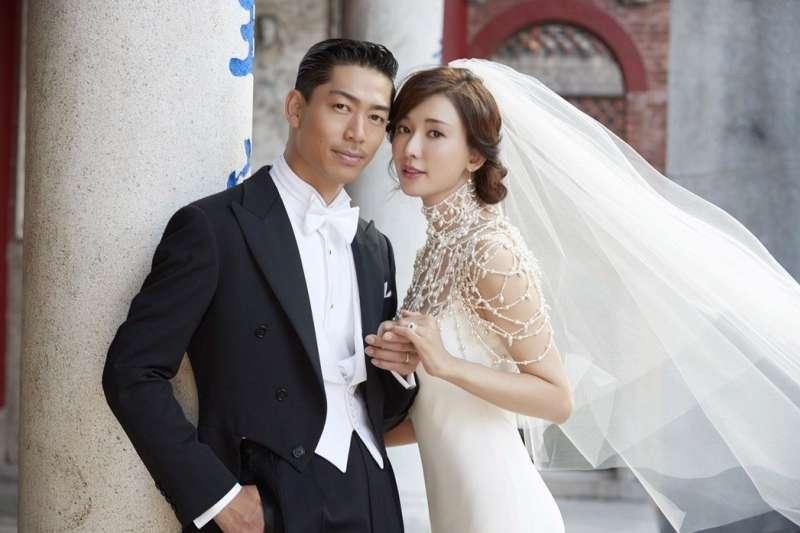 林志玲和AKIRA的婚紗照。(林志玲工作室提供)