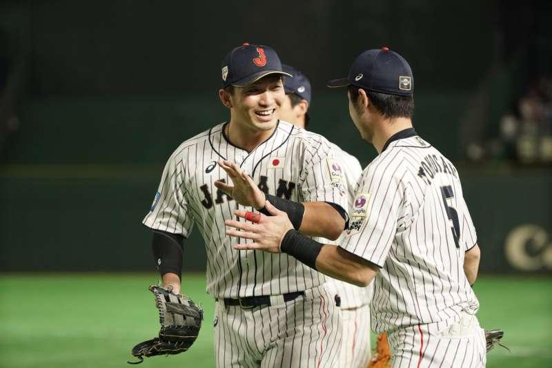 日本在昨晚以10比8險勝韓國,確定在12強賽冠軍戰取得主場優勢。 (圖片取自WBSC粉專)