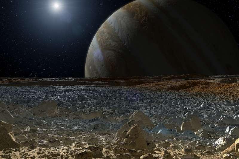 木星衛星「木衛二」(Europa,歐羅巴)地表假想圖(NASA)