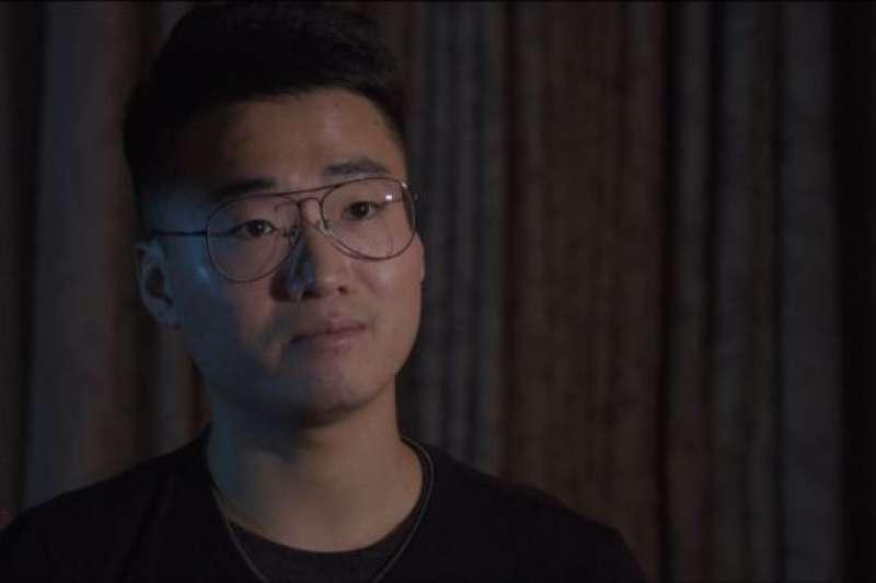 鄭文傑說,他的釋放伴隨著一個警告。(BBC中文網)