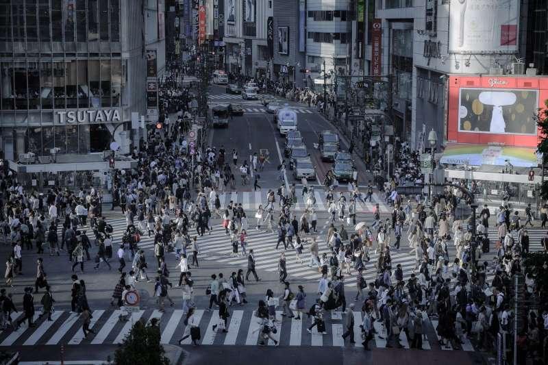 20191121-日本、東京、澀谷、街頭、行人。示意圖。(取自meguraw645@pixabay)
