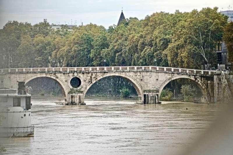 城市的靈魂河水。(曾廣儀攝)