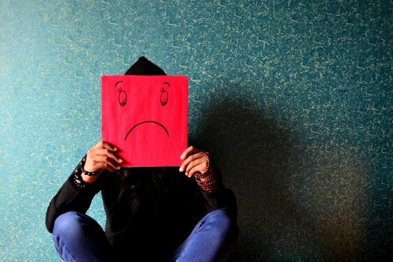 無國界記者組織今(9)日發出聲明稿,對於修法「禁止自殺新聞刊頭版」一事呼籲。(資料照,取自Pixabay)