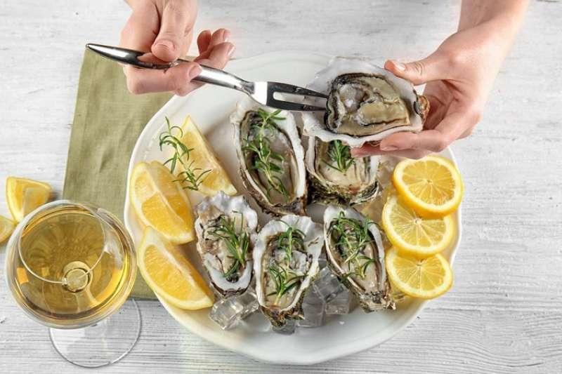 吃牡蠣真的對性功能有幫助嗎?(圖/Hello醫師)