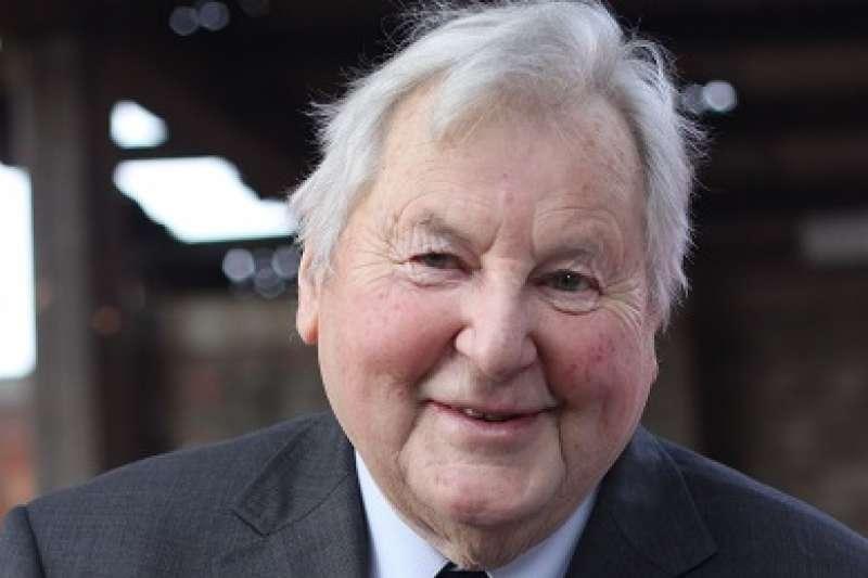 在台灣行醫、奉獻30年的「小兒麻痺之父」畢嘉士(Olav Bjørgaas)日前逝世,享耆壽93歲。(圖取自畢嘉士基金會官網)