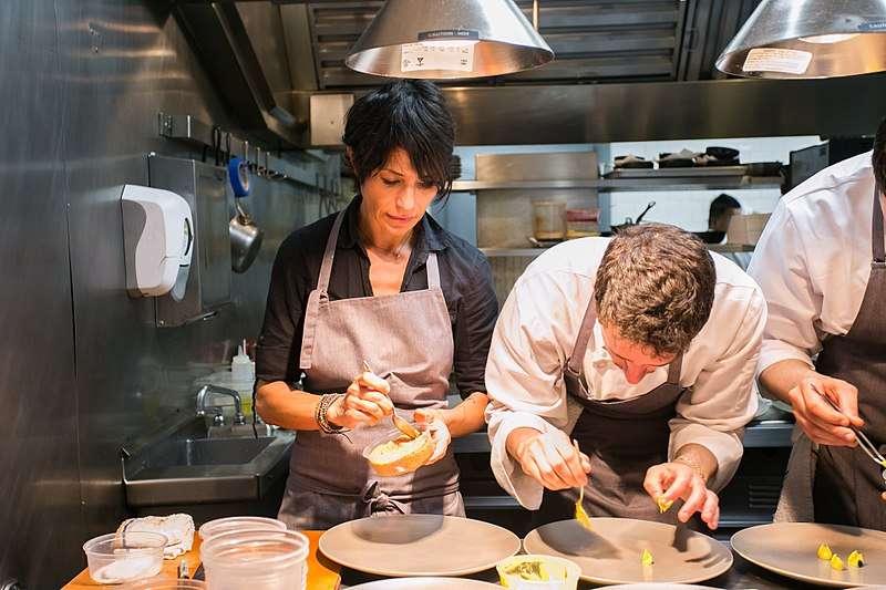 法籍主廚克琳是全美首位獲得米其林三星殊榮的女性廚師。 (City Foodsters@Wikipedia/CC BY 2.0)